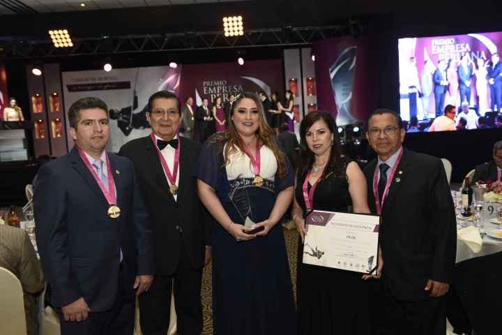 AdaIngunza-Empresa peruana del año 2017 2