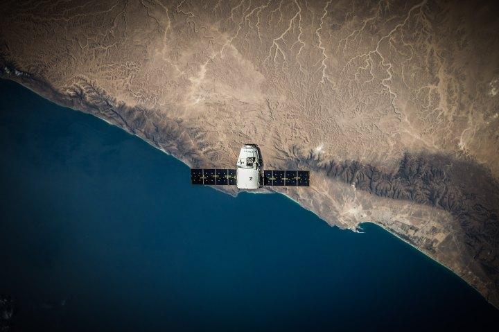 AdaIngunza-Facebook lanzará su propio satélite en el 2019 interna